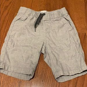 Old Navy Grey shorts for boys